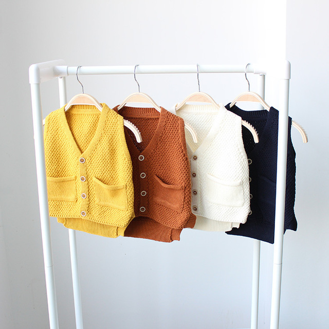 De alta Qualidade Bebê Infantil Crianças Bonito Moda bolso do Colete Camisola 2016 Primavera Outono Meninas Crianças Malhas V pescoço colete