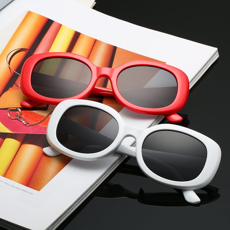 Sunglases Square novelty sunglasses women 2018 new hip hop style color lenses retro glasses summer travel trend accessories thumbnail