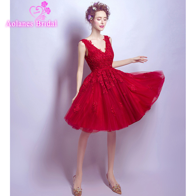 5fd705f4cfe8 Sexy Red 2017 Short Homecoming Dresses Sexy Tulle Appliques Knee-Length  Cocktail Dress Party Gown Prom Dress Free Shipping