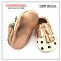 Детские кожаные Мокасины, принцесса Мокасины, Baby Girl Обувь, кисточкой Мокасины, белый Детская Обувь, розовое Золото черная точка Обувь