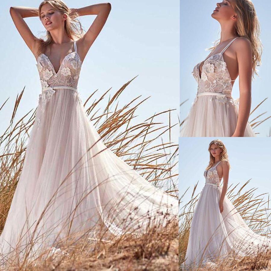 Modern Tulle Lace Spaghetti Straps V-neck A-line Wedding Dresses With 3D Flowers Beading Straps Backless Bridal Dress