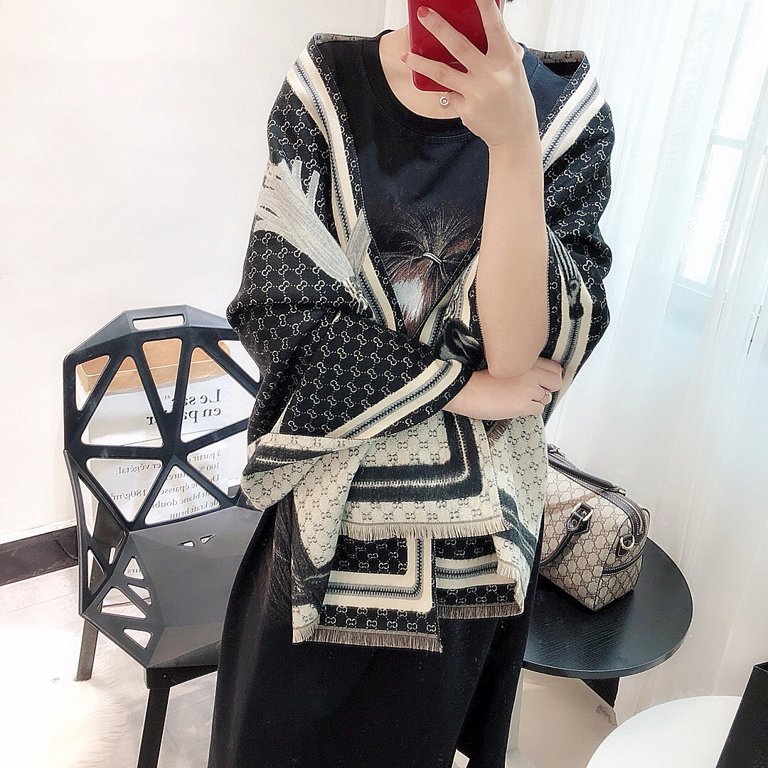 Detail Feedback Questions about Brand Fashion Black Pashmina Winter Scarf  Women s Luxury Blanket Poncho 2019 New Warmer Soft Cashmere Large Shawl  180 70cm ... 61e814c8d33