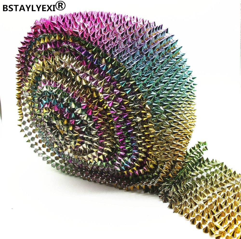 14 Row Mix Color Beautiful Golden Spikes Rivets Shape Plastic Rhinestone Mesh Trimming Sewing Mesh Trim 1 Yard Garment Bag Shoes