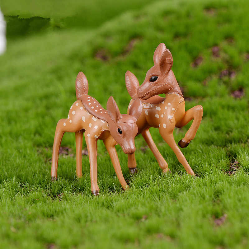 Artificial Mini Sika Deer Giraffe Fairy Garden Miniatures Gnomes Moss Terrariums Resin Crafts Figurines Home Decoration