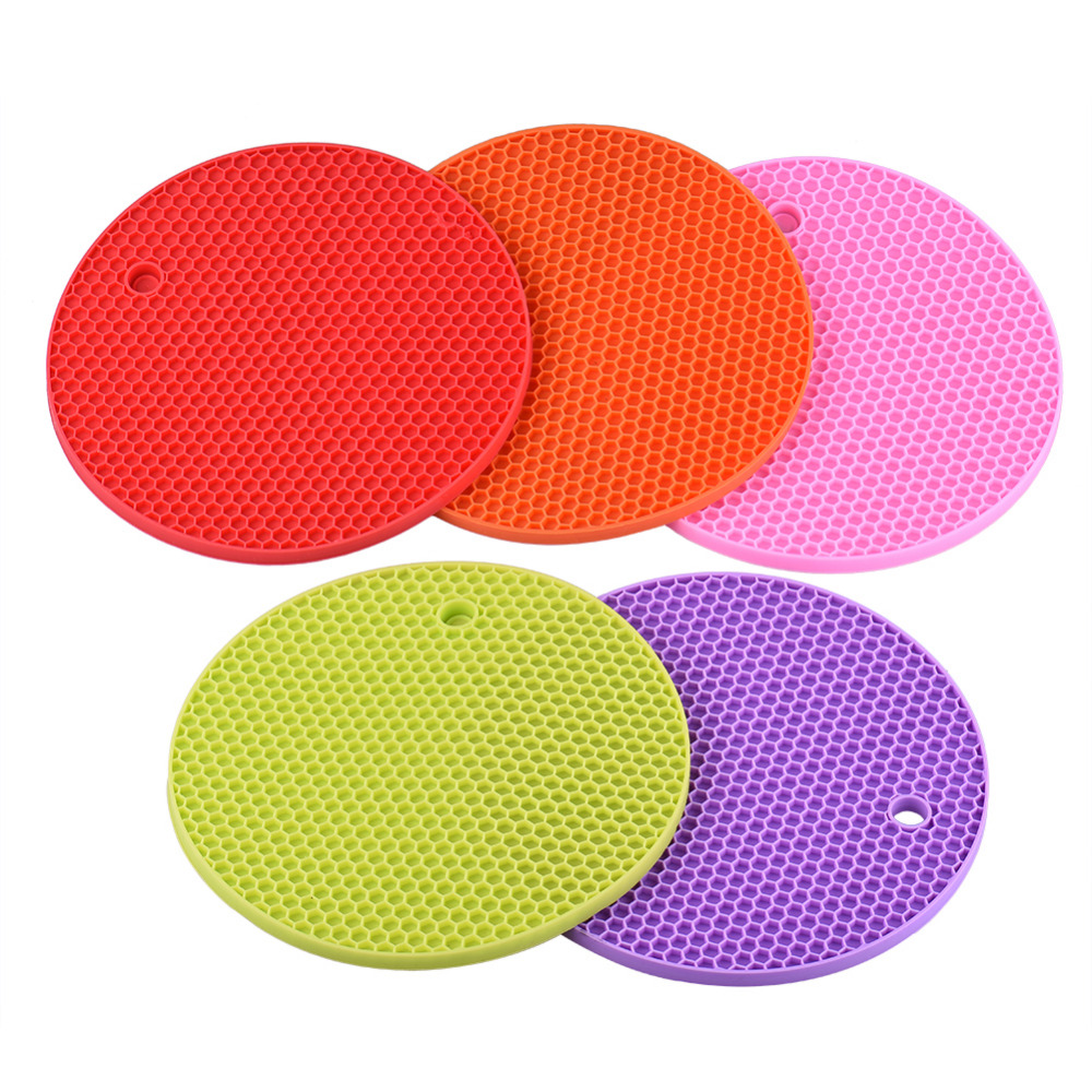 rubber non slip heat resistant mat colorful round coaster cushion placemat pot holder table silicone mat kitchen accessories - Kitchen Table Cushions