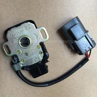 Orijinal gaz kelebeği konum sensörü A22-623 B12 A22-623-B12 NISSAN için TPS sensörü
