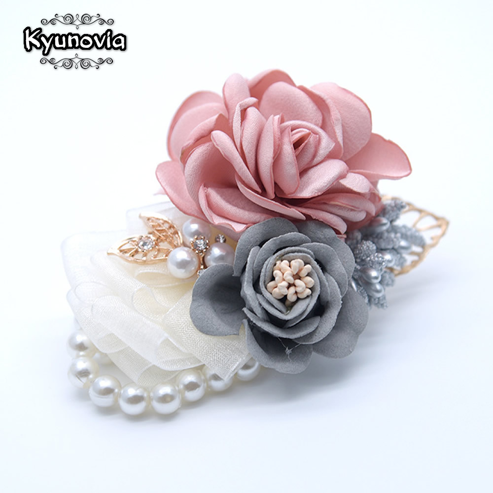 Kyunovia Prom Hand Flowers Red Best Man Wedding Boutonniere Men's Lapel Pin Groom Buttonhole Bride Mother Wristlet Corsage FE98