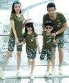 2016 лето камуфляж хлопок семьи сопоставления одежда набор мать отец ребенка наряды семейные случайный спортивный вид