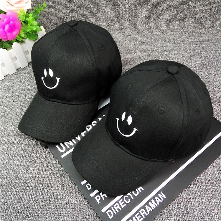 Nueva cara de la sonrisa del bordado par gorra de béisbol curvada Canopy  gorras Hombres Mujeres Golf béisbol marea sombrero para el regalo al por  mayor ... 0bd5c4eef72