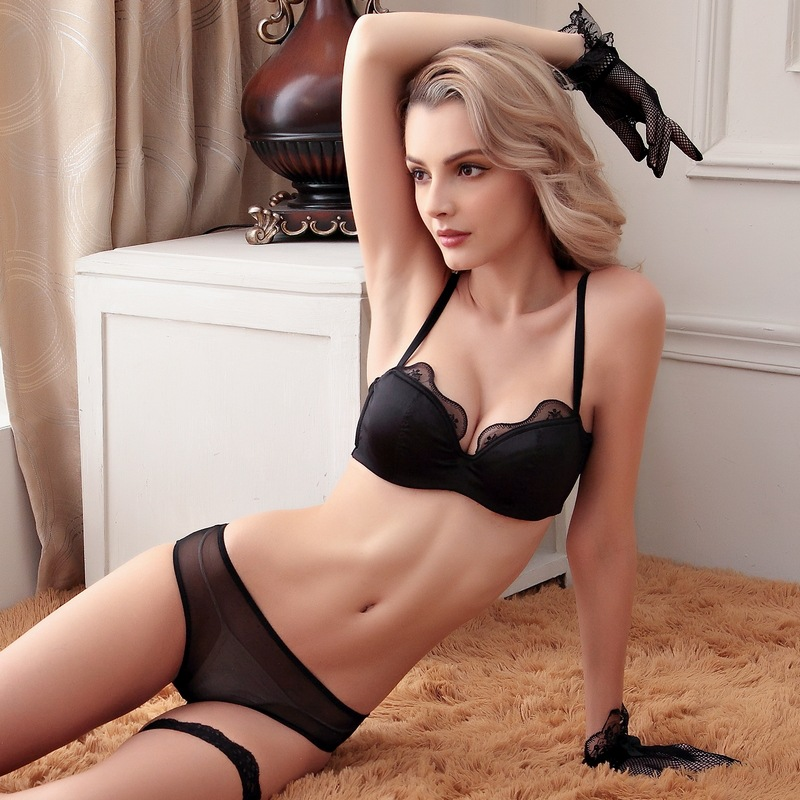 Femal Intimates French Sexy Lingerie Set Ultra Thin Bra