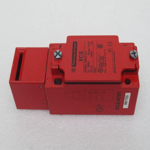 * New sensor XCSA701 XCSA701* New sensor XCSA701 XCSA701
