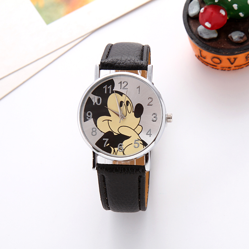 Creative children love Mickey mouse cartoon watch Preety boy girl fashion simple quartz women leather watches cutie kids clock cuties minnie kiss mickey mouse children cartoon leather quartz wristwatch lovely kid fashion casual simple watches disney 54127