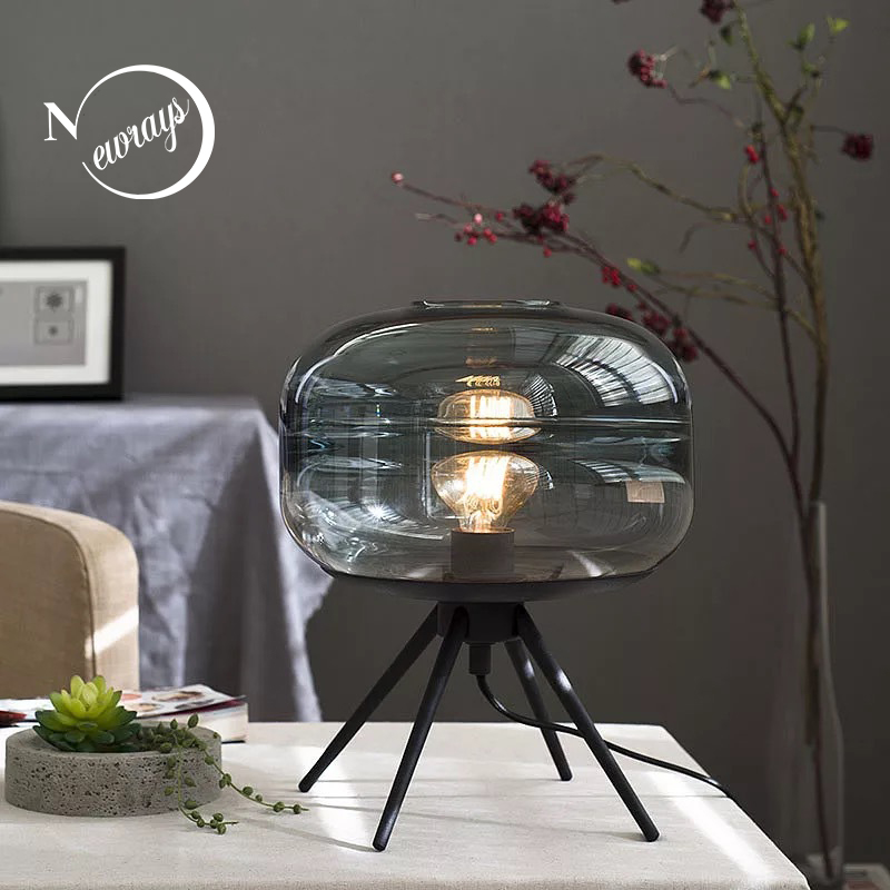 Personality tripod design glass table lamps for living room bedroom bedside restaurant hotel room decorative round desk lamps