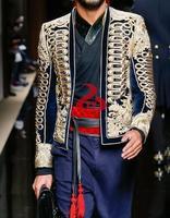 2017 Runway Роскошные Для мужчин Модная Черная куртка с золотой вышивкой двубортный вверх