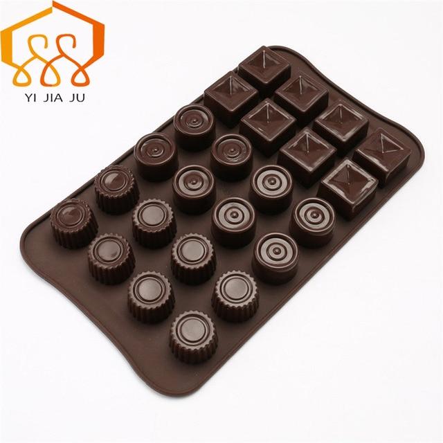 Round And Square Of Chocolate Cake Tools Kitchen Bakeware Handmade