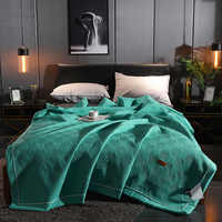 Solid Color Soft Quilts Coverlet Bed Quilt Comforter Cover Washable Quilted Adults Lattice Pattern Bedding Duvet Summer Quilts