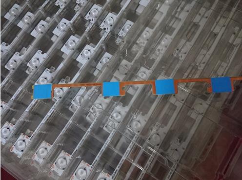300pcs/lot BEST Quality LED Backlight Bar Strip For KONKA KDL48JT618A/KDL48SS618U 35018539 6 LEDS(6V) 442mm New