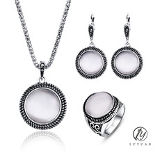 Elegant Vintage Opal Stone Jewelry Set Fashion Round Pendant Necklace Set Antique Silver Color 3Pc Crystal Jewelry Party Costume