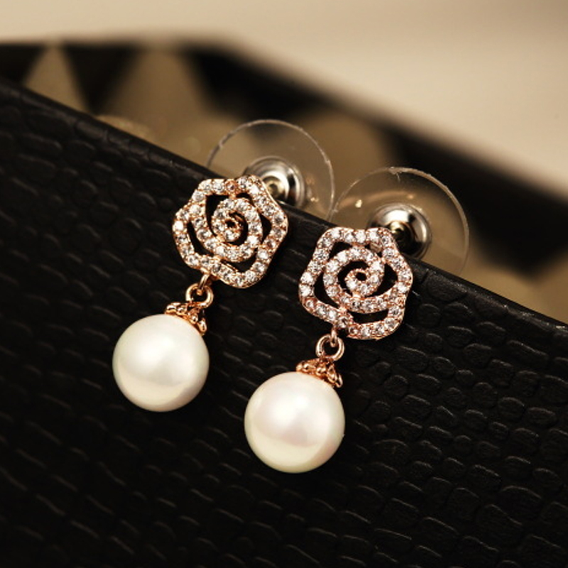 Detail Feedback Questions about Rhinestones Pave Camellia Earrings for  Women Simulated Pearl boucle d oreille femme pendante aretes de mujer Crystal  Stud on ... 4e96fc9cf24a