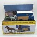 Dinky Toy 1: 43 a Troquel Del Metal Modelos de Automóviles 571 Transporte SAVIEM de chevaux de Cursos Avec Conductor Sulky Cheval brinquedo