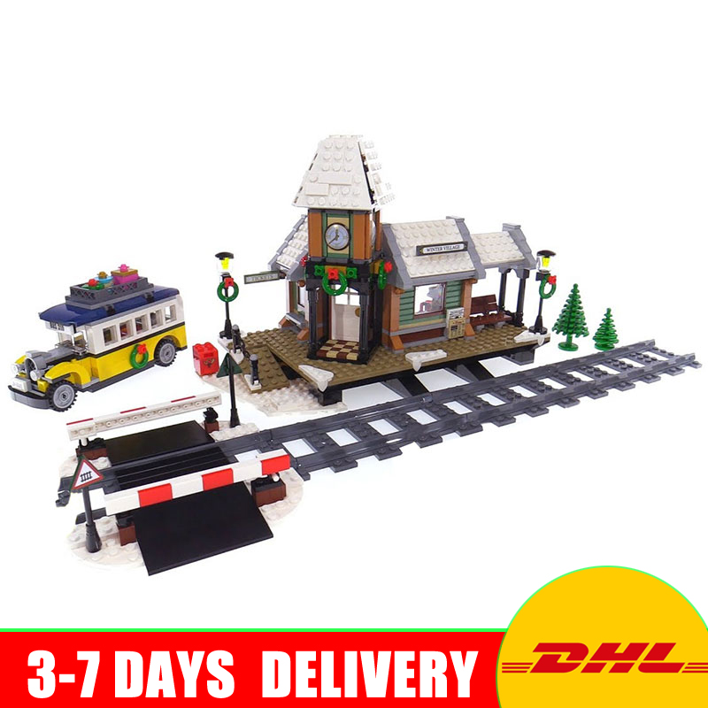 Lepin 36011 Genuine Creative Series The Winter Village Station Set 10259 Building Blocks Bricks Toys Educational Christmas Gifts lepin 36010 creative series 1412pcs the winter village market set 10235 building blocks bricks educational toys christmas gifts