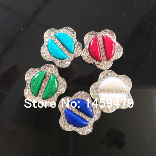 Flower 16MM 100PCS Color Mix Resin Rhinestone Garment Accessory For Stick-On  Dance Apparel DIY Jewelry Shoes Bags Free Shipping c1a30855f352