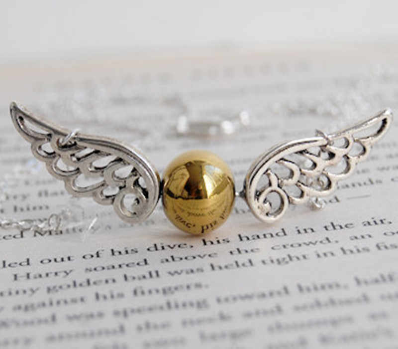 H P и Deathly Hallows золотое ожерелье с крыльями ангела Snitch 8ND374