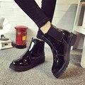 Marca Plus Size 40 Mulheres Tornozelo Botas de Salto Planas Casuais sapatos Mulher Botas de Couro de Patente Estilo Escola Para Meninas Negras motocicleta