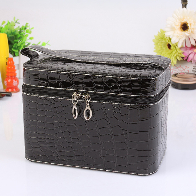 Capacity Large Crocodile Cosmetic Bags Box Jewelry Display Case Personalized Makeup Bag Kit Necessarie Women Travel