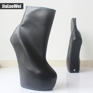 Image 2 - Jialuowei 20cm גבוהה העקב 5cm פלטפורמה סקסי פטיש ללא עקבי מוזר סגנון בלעדי ponying העקב חזרה zip אופנה קרסול מגפי בלט