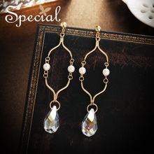Special European and American 925 silver needle earrings ear nails Baroque ornaments contrast skin thin Troy morning light