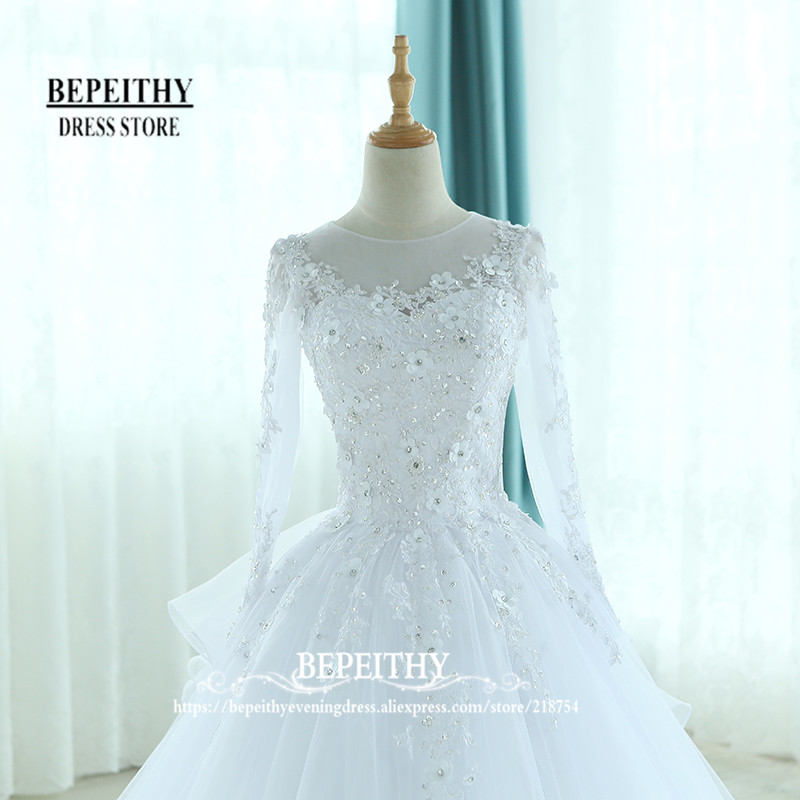 Fashion Full Sleeves Ball Gowns Wedding Dress Scoop Neck Ruffles ...
