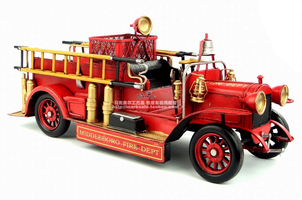 Antique classical American fire truck model retro vintage wrought metal crafts for home creative decoration iron