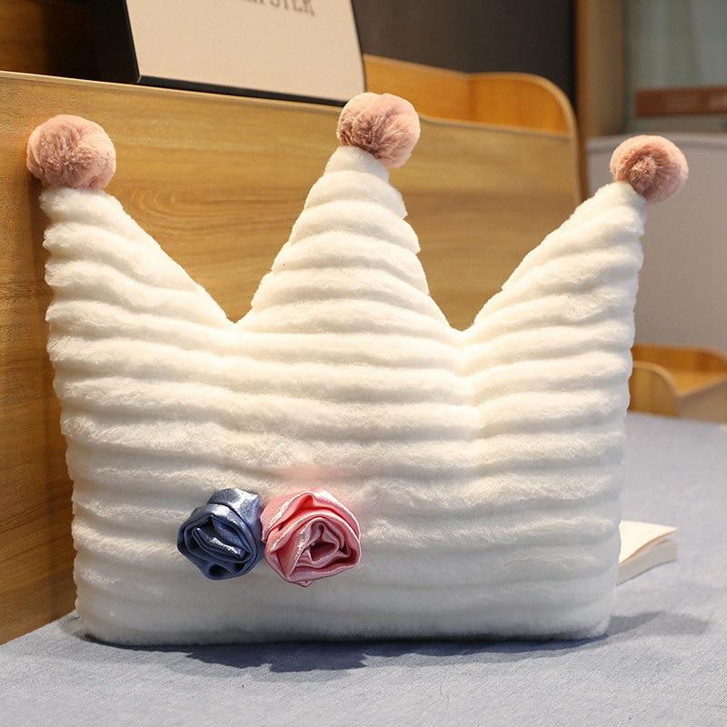 coroa de pelucia rosa travesseiro branco star 04