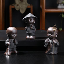 Purple sand tea pet buddha statues monk sculpture home decoration gift handcrafts Chinese figurines buddhism(China)
