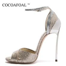 93daa8b3e6e608 COCOAFOAL Frauen Offene spitze Gold Sandalen Plus Größe 33 43 Heels Braut  Schuhe Frau Partei Sexy Bling High Heels Hochzeit sand.