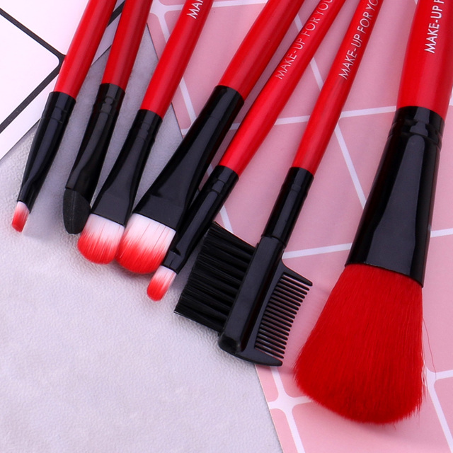 BANXEER 7pcs/lot Red Make Up Brushes Set Cosmetics Brush Set Beauty Eye Primer Powder Blush Brush With Bag 3