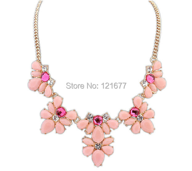 Elegant Gold Plated Flower Crystal Necklace