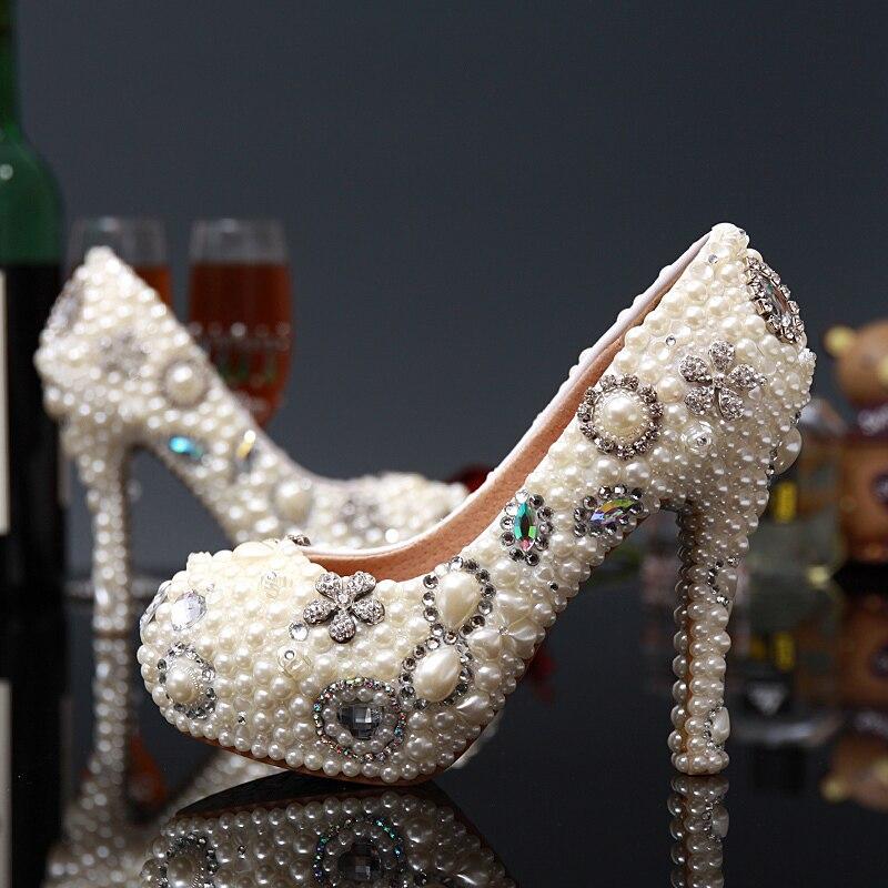 2018 г. роскошные женские туфли лодочки с отделкой стразами обувь на высоком каблуке Великолепный Белый Кот цветок жемчуг парадные туфли для