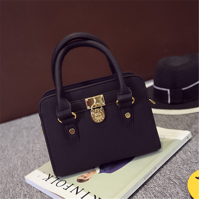 YBYT brand 2017 new mini fashion sequined lock flap hotsale women shopping totes ladies evening party shoulder crossbody bag