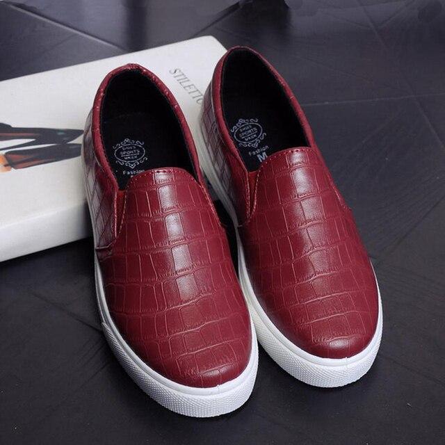 2017 Nueva Primavera zapatos Bajos de la Ayuda Zapatos de Las Mujeres Transpirable Plataforma Plana Con Zapato Para Mujer Blanco Rojo Un Pedal Zapatos Perezosos holgazanes XP15