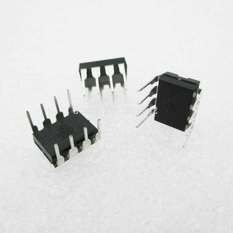 20PCS/Lot UC3843B UC3843BN UC3843AN UC3843 3843 DIP8 DIP PWM Switching Power Converter