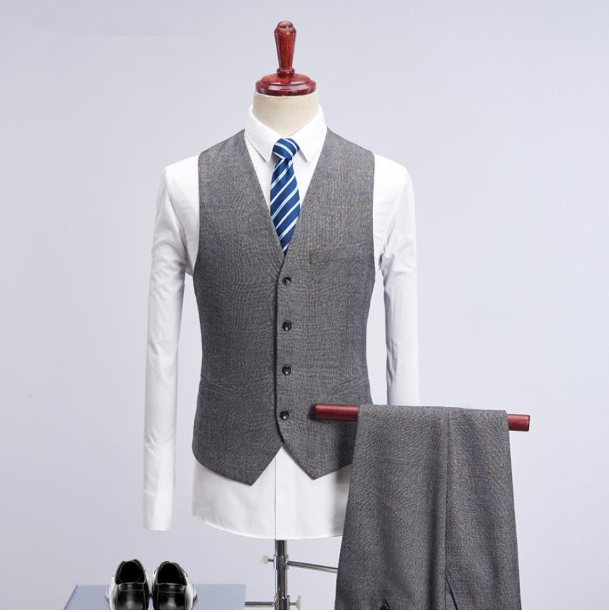 (Giacca + Vest + Pants) 2019 Nuovo Rivestimento di Stile di Modo Degli Uomini Abiti da Uomo Slim Fit Affari Vestito di Cerimonia Nuziale degli uomini di Cerimonia Nuziale Abiti Plaid-in Completi uomo da Abbigliamento da uomo su  Gruppo 2