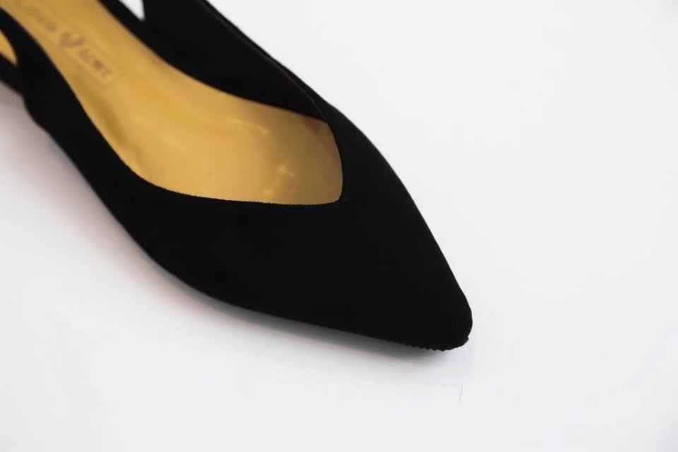 Appartamenti delle donne Slingback Sandali A Punta punta di qualità Delle Signore della Pelle Scamosciata Scarpe basse V Superficiale Muli Moda Femminile Sandali Nude Lavoro A00130