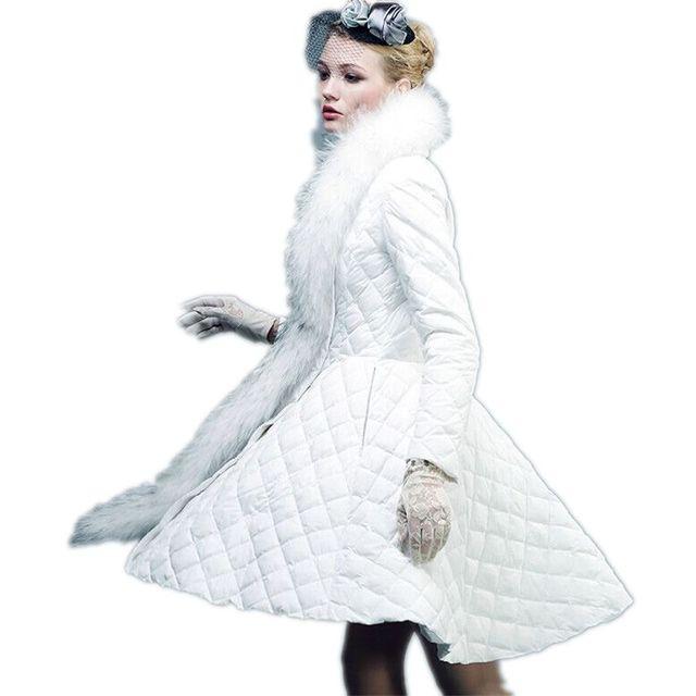 Medio-largo Invierno Chaquetas Mujeres Abrigo de Plumón Blanco 2017 Nuevo Cuello de Piel de Lujo Abrigo de Invierno Falda de Las Mujeres Abrigos Parka mujeres Y276