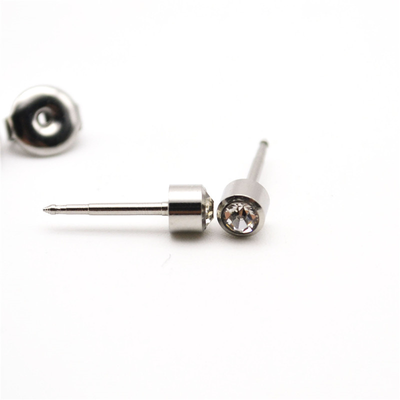 Ear stud Selection Stud Sterilized 4mm Clear Crystal Gem Cone Pierce Gun 316L Stianless Steel Fashion