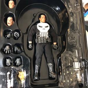 Image 2 - 15 cm Mezco Tek: 12 Punisher PVC Action Figure Heykeli Modeli Oyuncak Bebek Versiyonu