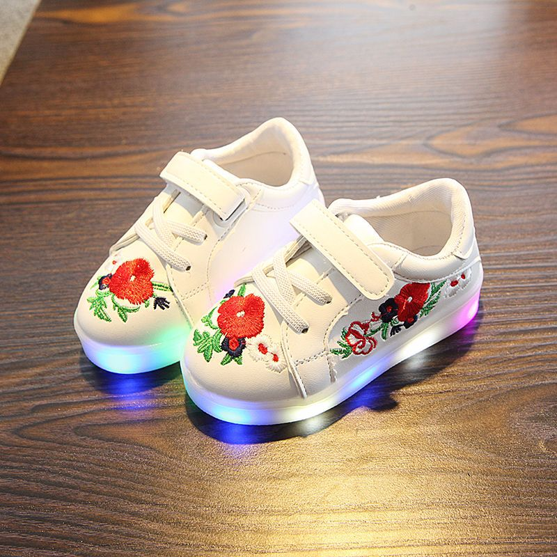 New style fashion flower girls shoes Patch LED lighted children casual shoes hot sales Spring/autumn glowing baby kids sneakers