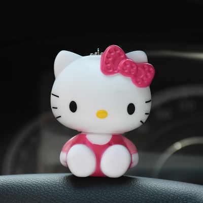 Olá Kitty Doraemon Kiki poms do Pom da Pele do Urso Crianças Brinquedo Keychain Mulheres Bugiganga de Metal Chaveiro Carro Saco Pendente do Encanto d62