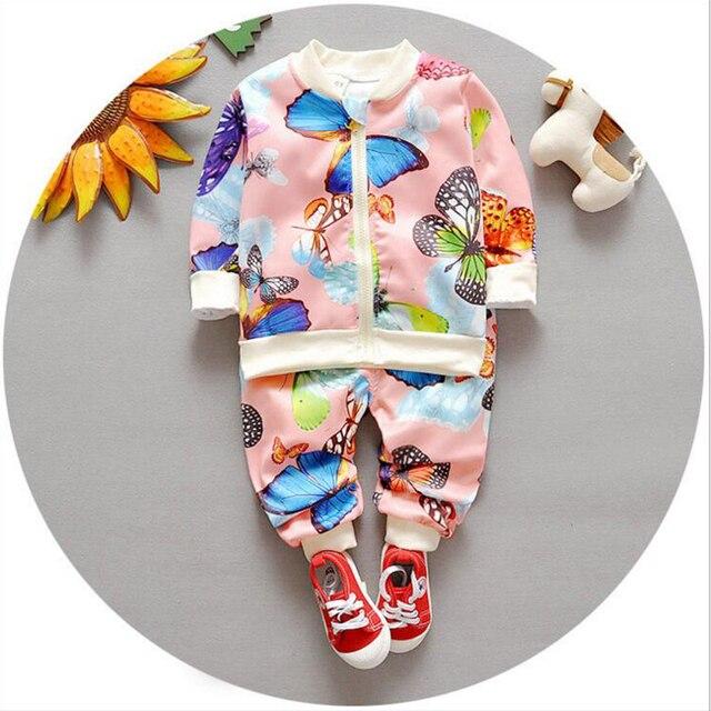 Новорожденный одежда 2016 новая весна малышей ребенок устанавливает 2 шт. мультфильм печатных с длинным рукавом кардиган + брюки детские спортивные костюмы